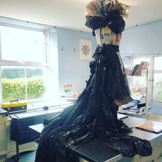 Elizabethan-dress